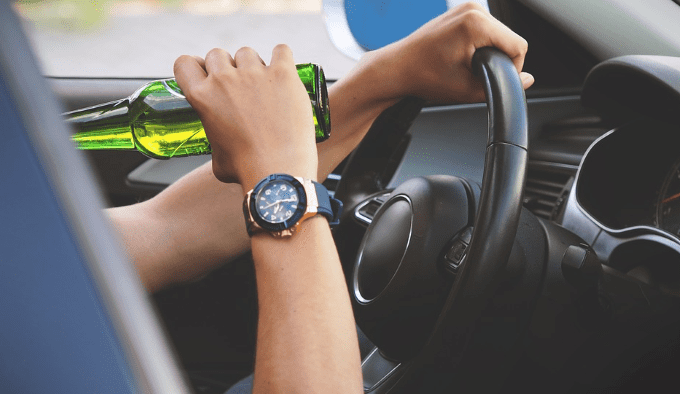 drink-driving-beer