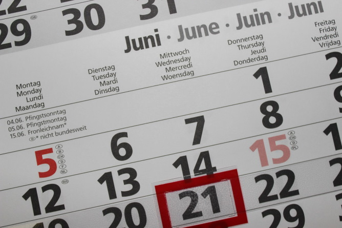 Calendar with June 21st highlighted in red